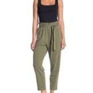 NWT ABOUND GREEN BELTED PANTS SIZE LARGE